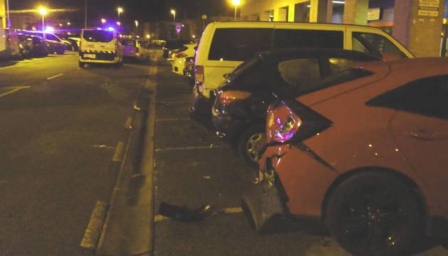 Foto de coches dañados tras la colisión.