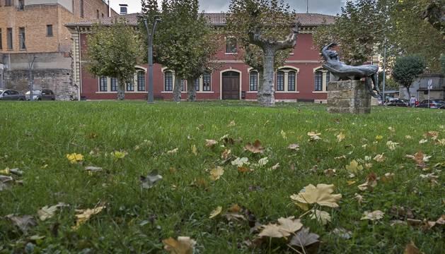 Foto del Ayuntamiento de Estella, en una imagen de su fachada trasera.