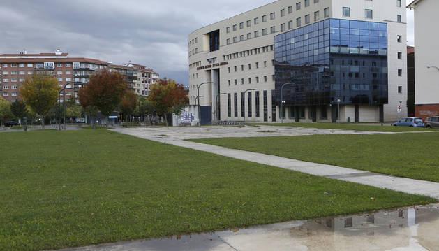 Foto de una imagen de la zona anexa por donde se ampliaría el palacio de Justicia.