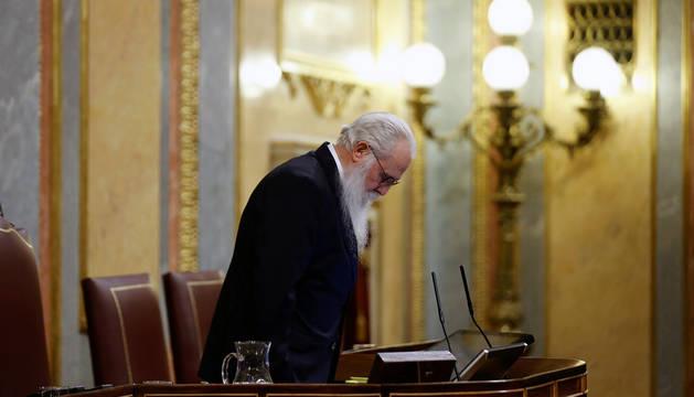 El presidente de la Mesa de Edad, Agustín Javier Zamarrón, durante la sesión constitutiva de la Cámara Baja celebrada este martes en el Congreso.