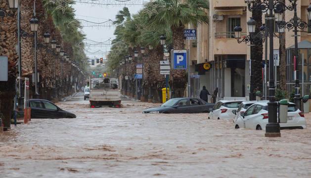 Un centenar de evacuados en Los Alcázares por una nueva 'gota fría'
