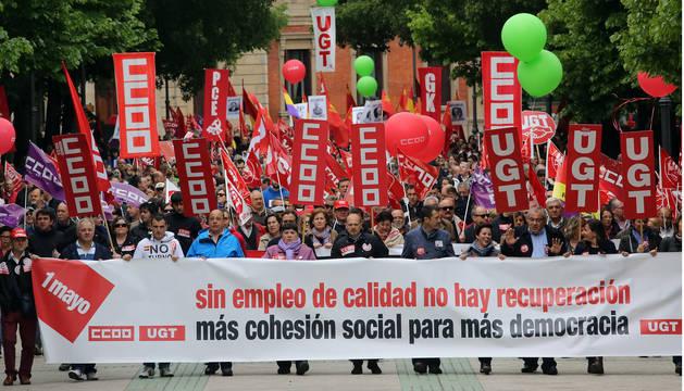 Cabecera de una manifestación del Primero de Mayo celebrada en Pamplona para reclamar un empleo de calidad.