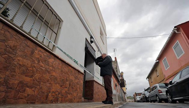Imagen de la vivienda del detenido por la desaparición de Marta Calvo en el municipio de Manuel (Valencia).