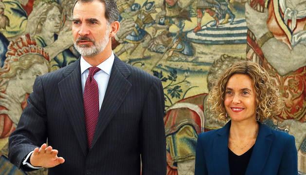 El Rey Felipe VI y la presidenta del Congreso, Meritxell Batet, durante la audiencia.
