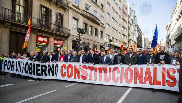 foto de Cabecera de la manifestación por la Constitución celebrada en Barcelona