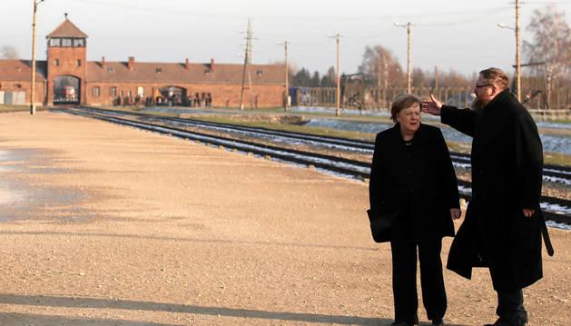 Angela Merkel, en Auschwitz: