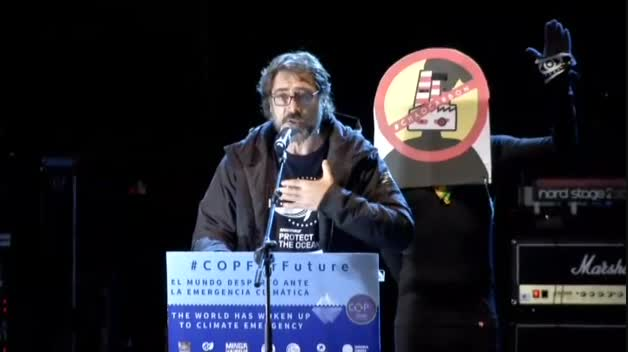 """Javier Bardem llama """"estúpido"""" al alcalde de Madrid"""