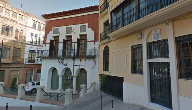 Imagen del Ayuntamiento de Puente Genil (Córdoba).