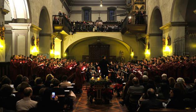 Foto del coro Rey Sancho durante el Oficio de Navidad del año pasado.