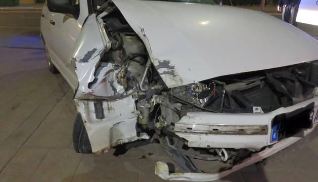 Foto del estado en el que quedó el vehículo tras el accidente.
