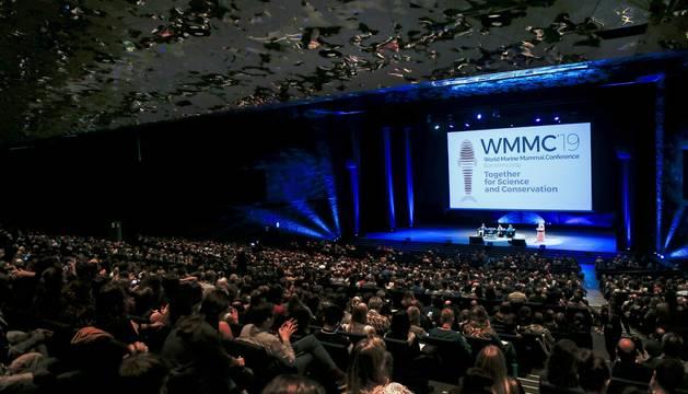 Vista de la primera sesión plenaria del I Congreso Mundial de Mamíferos Marinos (WMMC 2019) en Barcelona