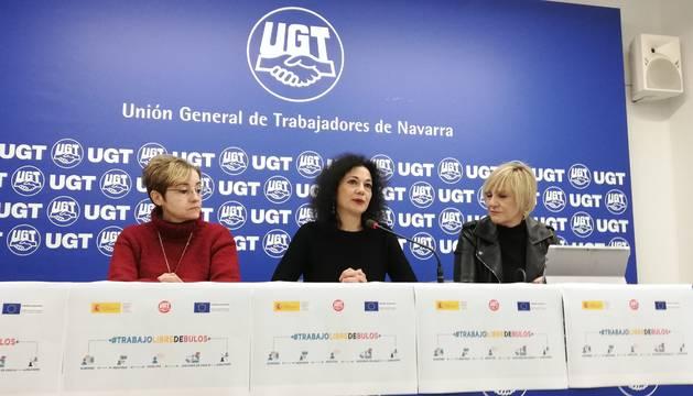 Foto de Ana Corral, responsable confederal del Departamento de Migraciones de UGT, y Marisol Vicente, secretaria de Política Sindical e Igualdad de UGT de Navarra.