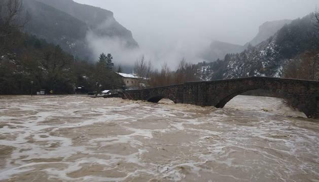 Activado el Plan de Emergencia por inundaciones ante la crecida de los ríos navarros