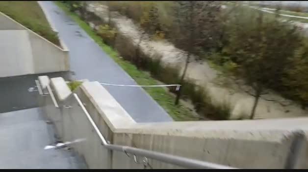 Cerrados accesos al río Elorz junto a la UPNA