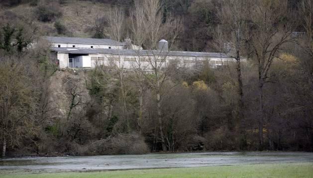 Foto del desprendimiento de tierra junto a la granja de Burutáin.
