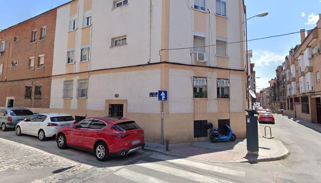 Foto del número 29 de la calle Luis Portones, en el barrio de Tetuán de Madrid.