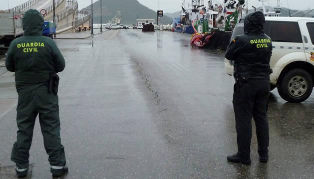 Un pesquero encuentra el cuerpo de una niña flotando frente a Santoña