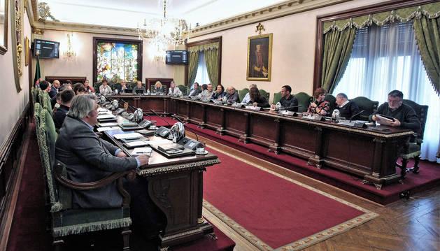 Foto del pleno extraordinario del Ayuntamiento de Pamplona celebrado el pasado noviembre.