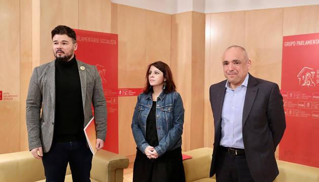 Lastra y Simancas (PSOE), junto a Gabriel Rufián (ERC).