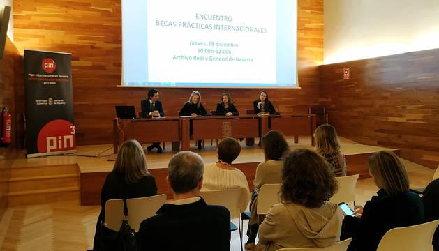 Encuentro de Becas de Prácticas Internacionales celebrado hoy.