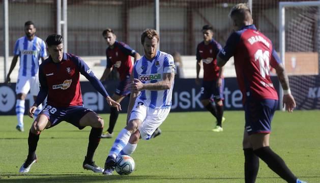 Foto del amistoso disputado en octubre en Tajonar entre Osasuna y Real Sociedad.