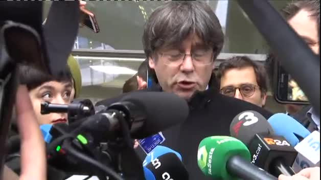 El Parlamento Europeo acredita a Puigdemont y Comín como eurodiputados