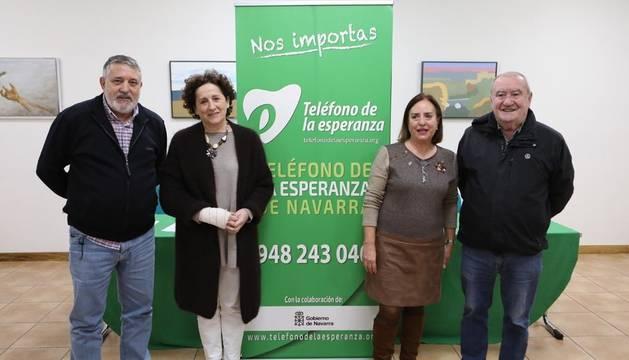 De izquierda a derecha, Pedro Berástegui, la consejera Maeztu, Teresa Gil y Dámaso Uribe.