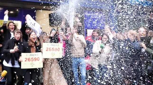 Lluvia de millones en toda España con el sorteo de la Lotería de Navidad 2019.