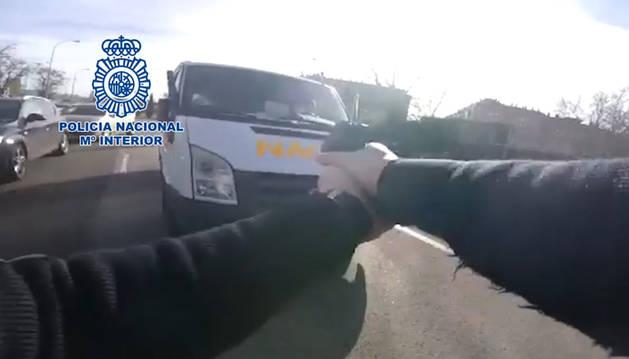 Detenido en Nochebuena un atracador a la fuga de una furgoneta con regalos
