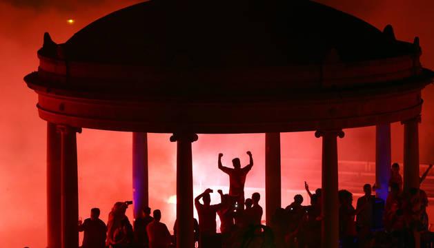 Foto de la celebración del ascenso de Osasuna en la Plaza del Castillo.