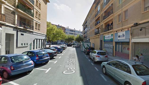 Calle Santesteban en el barrio de la Txantrea, una de las que será reurbanizada.