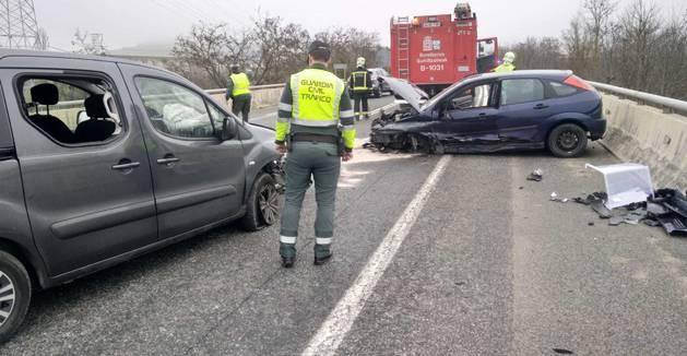 Accidente de tráfico en el accidente de la N-121 en Noáin.
