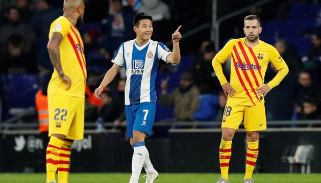 Imagen de Wu Lei celebrando el gol que daba el empate al Espanyol ante el Barcelona.