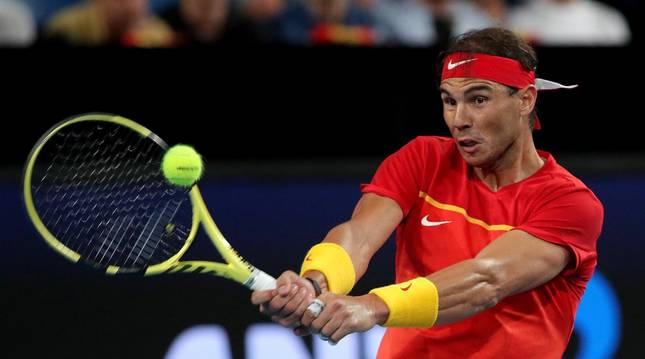 Foto de Rafa Nadal en su partido ante Nikoloz Basilashvili en la Copa ATP