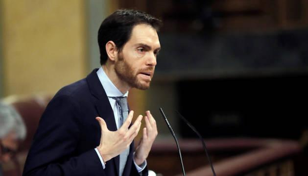 Navarra Suma carga contra Sánchez por su respuesta