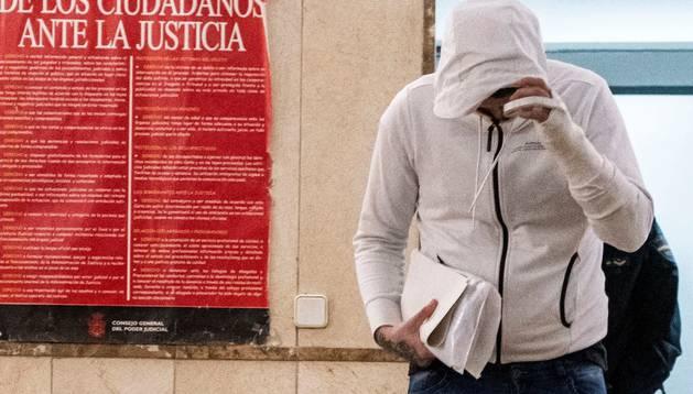 Foto del joven de 19 años detenido por su presunta intervención junto seis menores de edad en la violación en grupo de una menor en Palma.