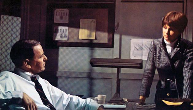 Frank Sinatra era 'El detective' (1968) en la tercera de la trilogía de Gordon Douglas.