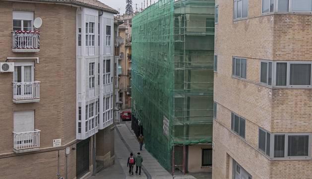 Foto del edificio del Hospital Viejo de Estella, en cuya capilla de la planta baja está situado el gaztetxe.