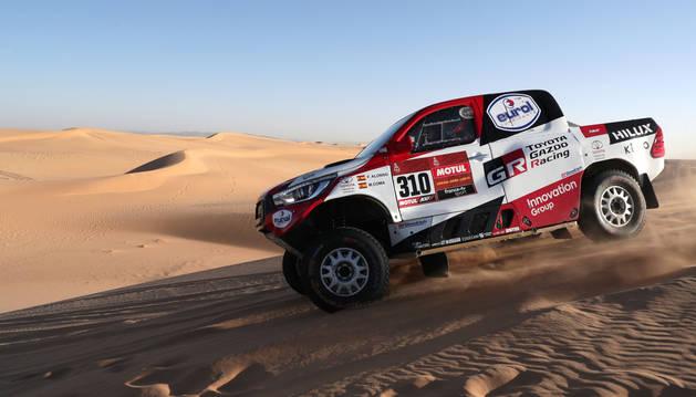foto de Coche de Fernando Alonso en la octava etapa del Rally Dakar