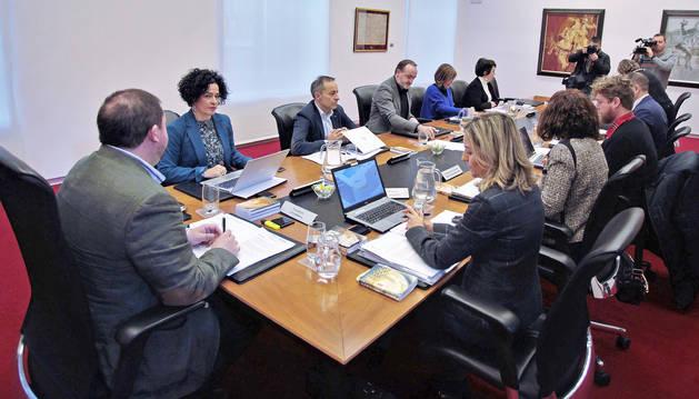 foto de Sesión de la Mesa y Junta de Portavoces del Parlamento de Navarra
