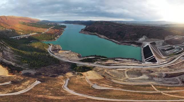Estado de las obras de la nueva presa del pantano de Yesa.