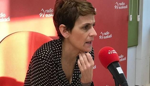 La presidenta de Navarra, María Chivite, durante la entrevista en Radio Euskadi.