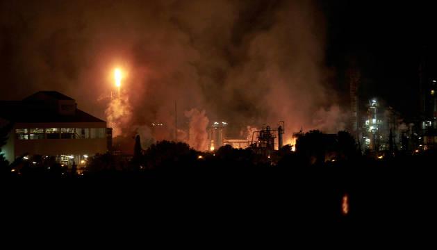 Vista del incendio que afectó al polígono petroquímico de Tarragona-