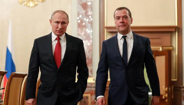 foto de El presidente de Rusian Vladimir Putin y el primer ministro Dmitri Medvédev
