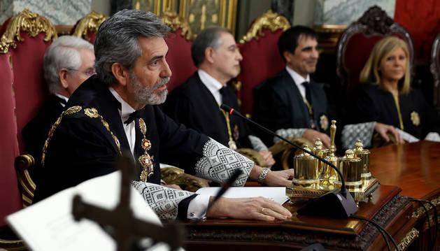 Foto del presidente del Tribunal Supremo, Carlos Lesmes durante su intervención en la ceremonia de toma de posesión de tres nuevos jueces.