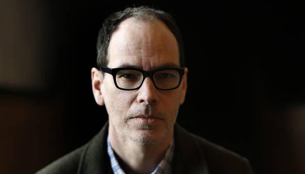 El escritor norteamericano Lou Berney, este jueves en el Baluarte.