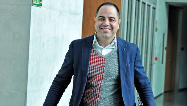 foto de Ramón Alzórriz, portavoz del PSN en el Parlamento de Navarra