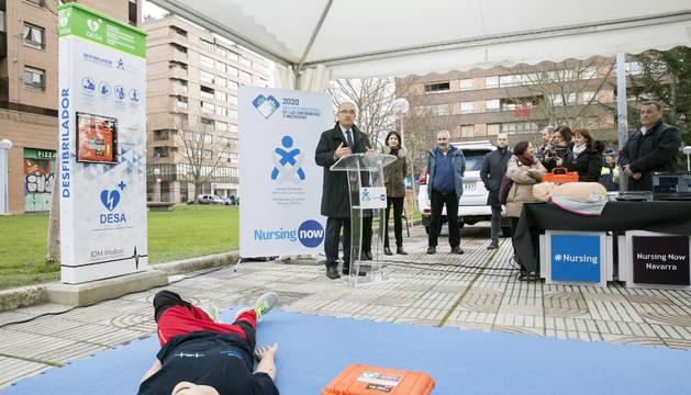 Presentada la primera torre de cardioprotección de Pamplona instalada en la calle