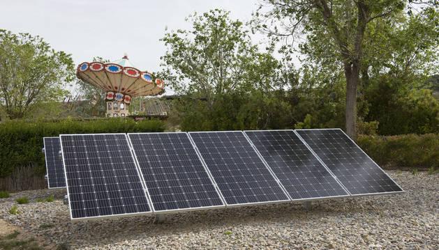 foto de El parque dispone de una planta fotovoltaica de 100 kWp de potencia, con 298 paneles solares