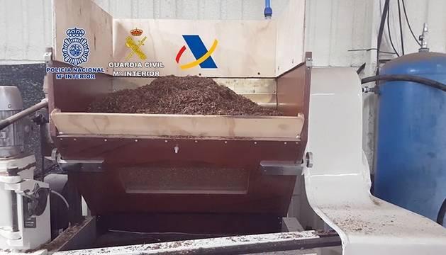 Siete detenidos tras caer una red que fabricaba ilegalmente tabaco en Andalucía